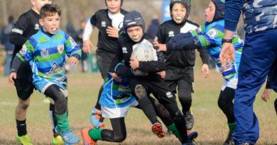 Un'azione di gioco dell'Under 10 del Rugby Mirano tratta dal raggruppamento di Jesolo del 19.11.2017. Foto Claudio Castelli.