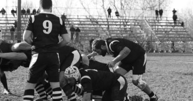 Un'immagine di repertorio di un'azione di gioco del XV bianconero. Foto Navin Cibin.